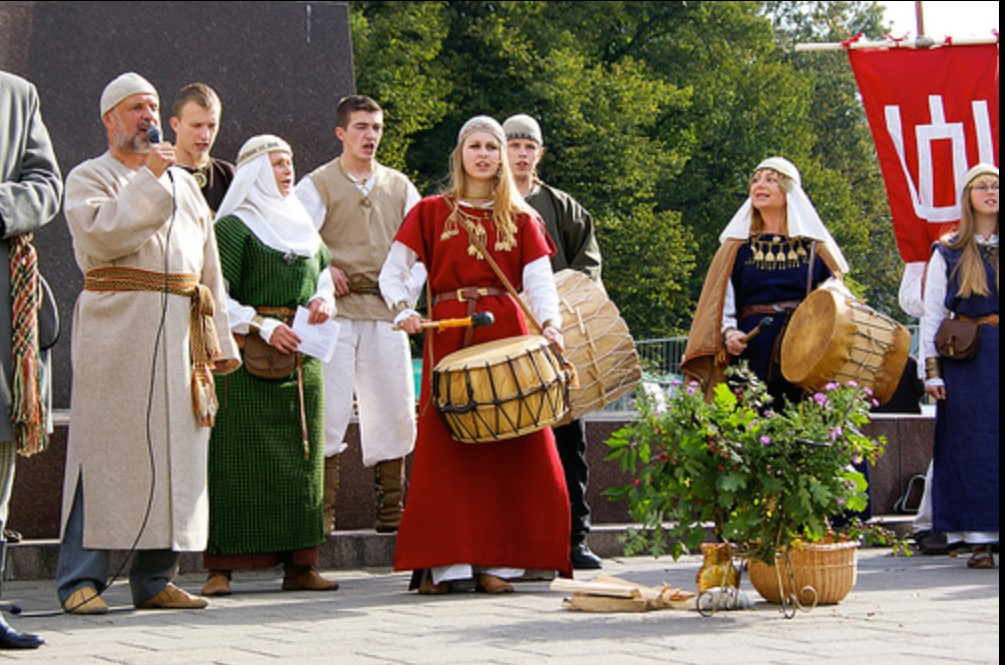Romuvan Pagan Ceremony in Lithuania, Wikipedia