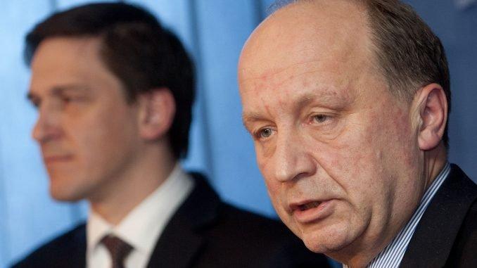 Former PM Andrius Kubilius and Minister of Economy Dainius Kreivys