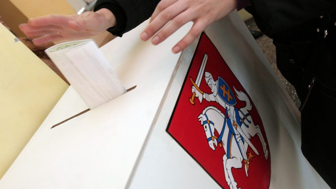 Voting at the Municipality elections in 2011