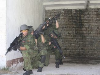 Lithuanian solders on alert