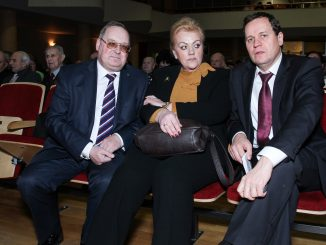 Russia's consul general to Klaipėda Vladimir Malygin, MP I. Rozova of the Russian Alliance  iand MEP W. Tomaszewski of the Polish Election Action at a veterans meeting in Klaipėda