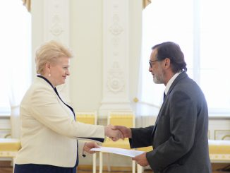President Dalia Grybauskaitė has received letters of credence from Mexican Ambassador Agustin Gasca Pliego. Photo courtesy of President's Office