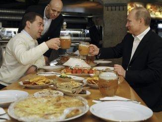 PM Dmitry Medvedev and President Vladimir Putin