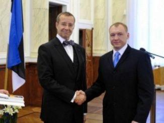 Eston Kohver with Estonian President Toomas Hendrik Ilves