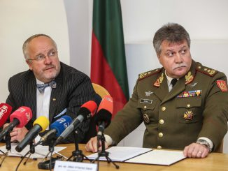 Major General Jonas Vytautas Žukas (right) and Defence Minister Juozas Olekas