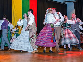 Dance Group Malunas  Photo Ludo Segers