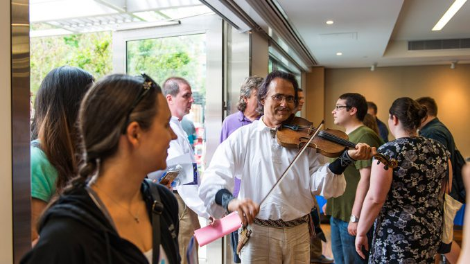 David Pivoriunas fiddling Lithuanian folk tunes  Photo Ludo Segers