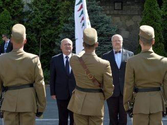 Juozas Olekas, Csaba Hende