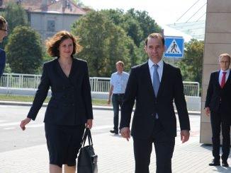 D. Reizniece-Ozola and R. Masiulis in Vilnius