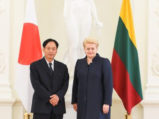 Japanese Ambassador Toyoei Shigeeda and President Dalia Grybauskaitė