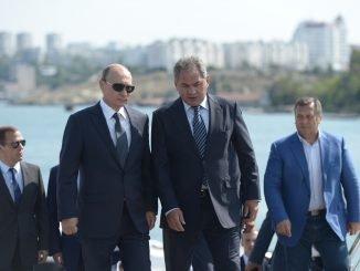 Vladimir Putin and Sergey Shoigu
