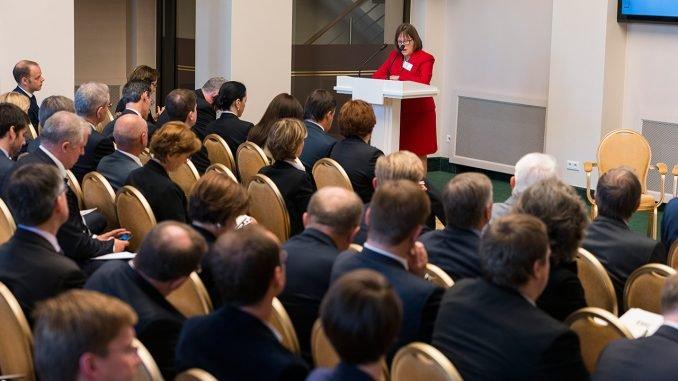 Karen Dawisha delivering Keynote Address   Photo Ludo Segers