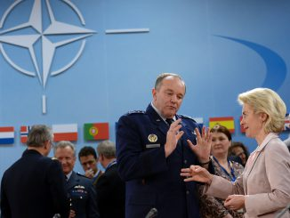NATO commander Philip Breedlove and German minister Ursula von der Leyen