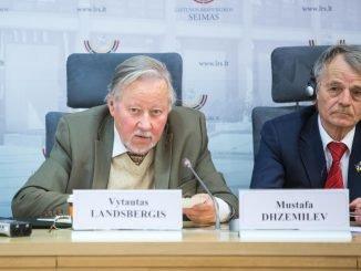 Vytautas Landsbergis and Crimean Tatar leader Mustafa Dhzemilev