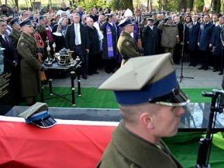 "Funeral of Zygmunt Szendzielarz ""Lupaszka"". Fot. ppor. Robert Suchy/CO MON"