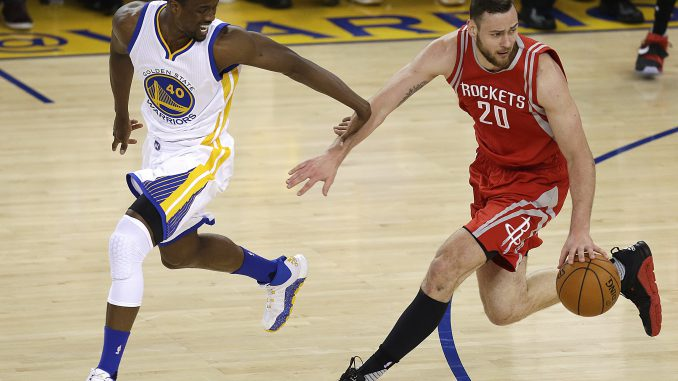 Harrison Barnes and Donatas Motiejūnas