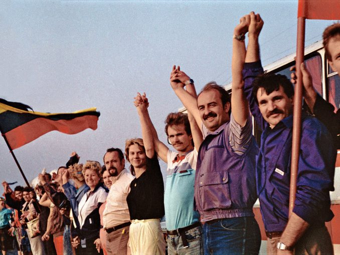 Baltic Way on August 23, 1989
