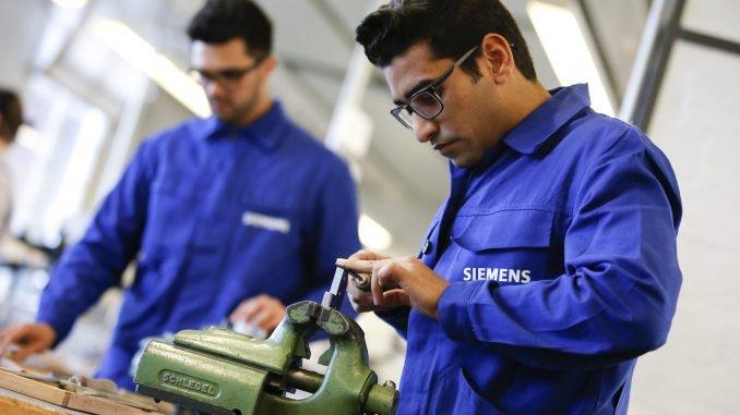 "Refugees working in German company ""Siemens"""
