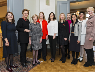 The organising committee with Mrs Adamkienė Photo © Ludo Segers @ The Lithuania Tribune (3)