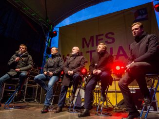 Opposition leaders and R. Karbauskis at the We Accuse! protest