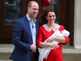 Duke and Duchess of Cambridge introduce their baby