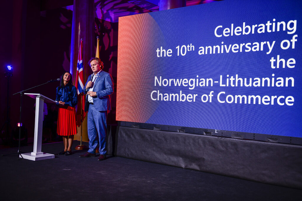 Chair Kjetil Hanssen and Executive Director Lina Mockute at the 10th Norwegian Lithuanian Chamber Gala Photo © Ludo Segers Photo © Ludo Segers @ The Lithuania Tribune