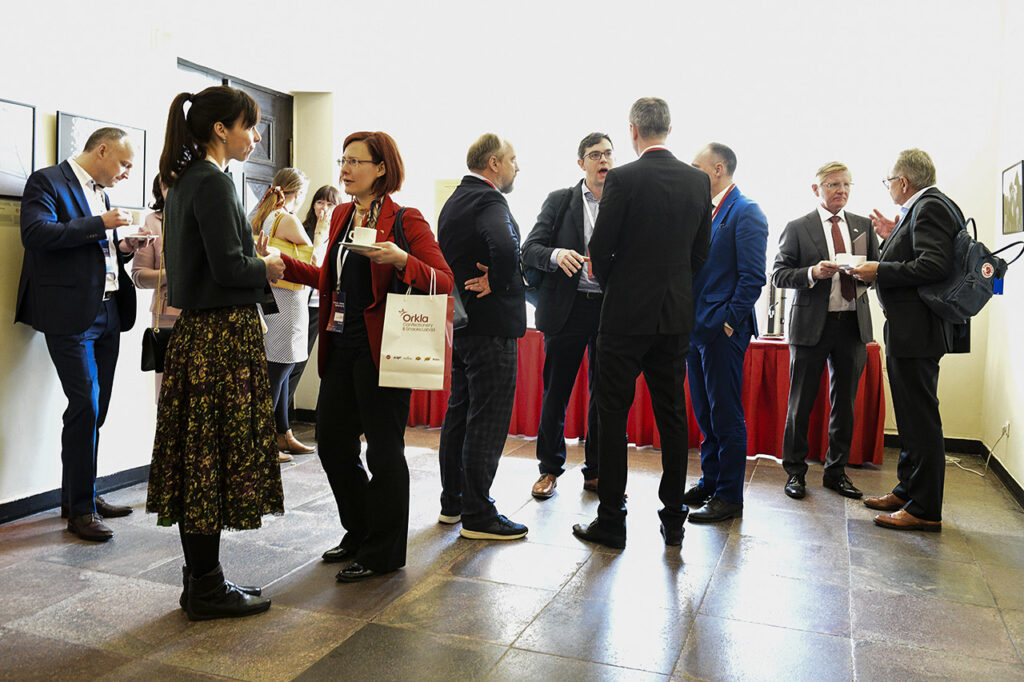Networking at the 5th Norwegian Business Forum in Vilnius Photo © Ludo Segers @ The Lithuania Tribune