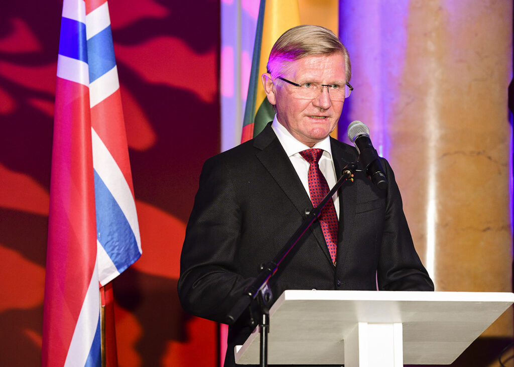 Norwegian Ambassador to Lithuania, Karsten Klepsvik speaking at the 10th Norwegian Lithuanian Chamber Gala Photo © Ludo Segers @ The Lithuania Tribune