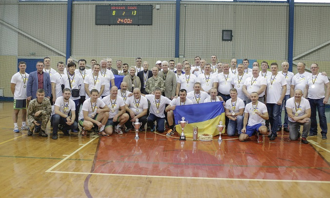 H. E. Ambassador Volodymyr Yatsenkivskyiat the handall tournament