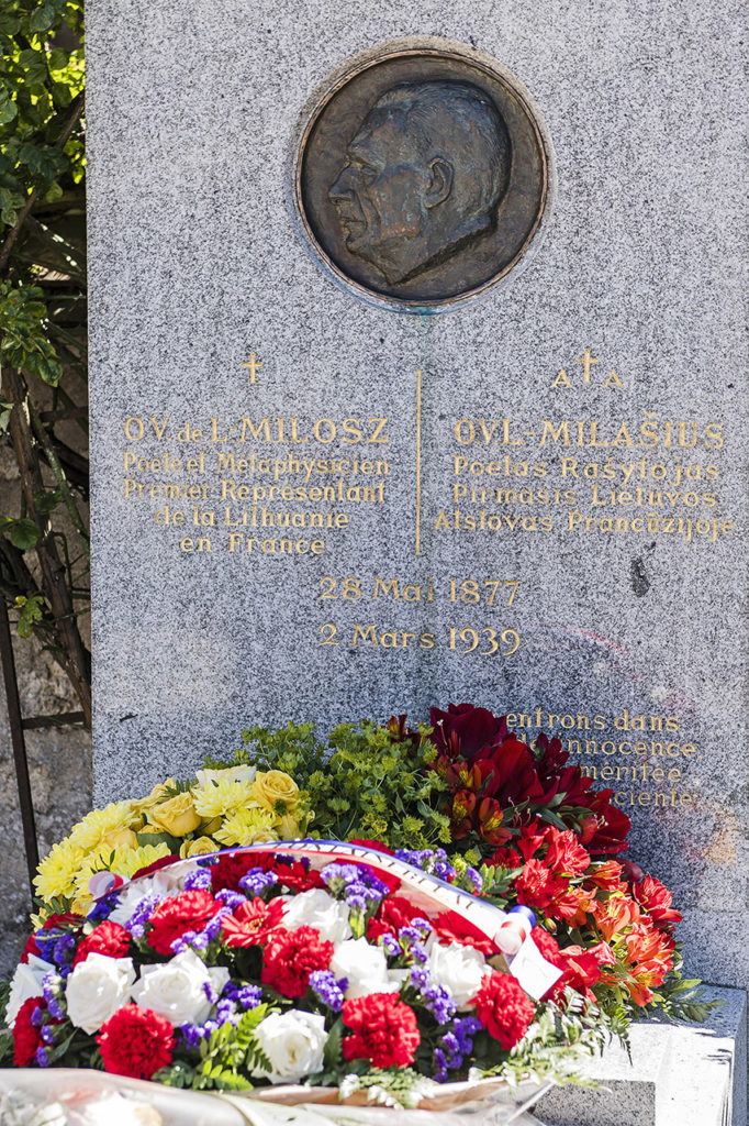 Oscar Milosz gravesite in Fontainebleau Photo © Ludo Segers @ The Lithuania Tribune