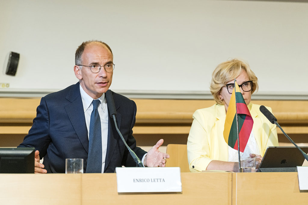 Science Po Dean Enrico Letta speaking in Paris Photo © Ludo Segers @ The Lithuania Tribune