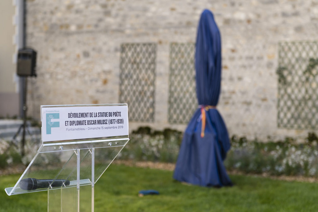 The Oscar Milosz Statue Unveiling in Fontainebleau Photo © Ludo Segers @ The Lithuania Tribune