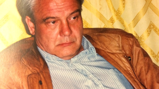 Vladimir Bukovsky during his historic trip to Moscow in September 1991 and his findings and work at the Soviet archives. Photo & Credit: Inna Rogatchi (C). Courtesy: The Rogatchi Archive.